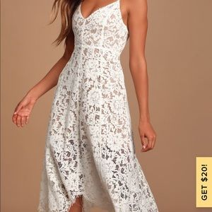 white lace middress